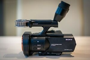 SONY NEX VG900E (Full HD Professional Camcorder - ( Interchangeable lens system)