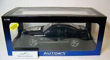 AUTOart 1/18: 73118 Shelby GT (2007), Noir/Argent - Lim. Edition : 3000 pièces