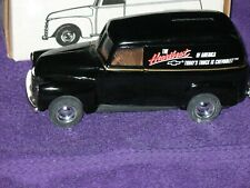 """1950 CHEVY PANEL TRUCK BANK """"THE HEARTBEAT OF AMERICA"""" DIE-CAST 1/25 MIB ERTL"""