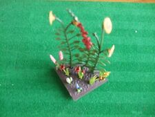 BRITAINS FLORAL GARDEN 1/4  flowerbed with ASSORTED FLOWERS 2