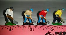 ERTL 1/64 TOY FARM COUNTRY PEOPLE FIGURE MAN SHOVELING BUILDING DISPLAY S SCALE