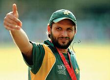 Shahid AFRIDI Boom Boom Signed Autograph 16x12 Pakistan Cricket Photo AFTAL
