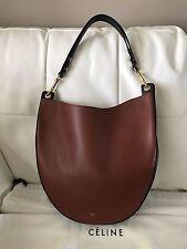 Celine Trotteur Medium $2600 Brick Navy Blue Calfskin Leather Hobo Bag