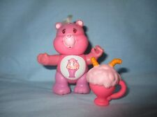 Vintage 1980's Kenner Care Bear Share Bear Poseable Figure WITH ACCESSORY