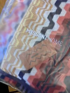 New in Package MISSONI HOME 2 Piece Set LARA BATH TOWELS
