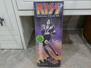 Rock Group Kiss Ace Frehley Diorama Kit  Model Number 5053 By Polar Lights