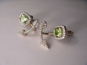 Gorgeous 14K Yellow Gold Peridot Hanging Arrow Diamond Earrings
