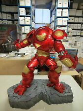 SIDESHOW COLLECTIBLES IRON MAN HULKBUSTER COMIQUETTE STATUE MARVEL