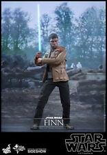 Hot Toys Star Wars FINN Action Figure 1/6