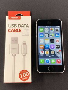 Apple iPhone SE 32GB Space Gray (a1723) Good Cond. LOCKED To Telstra New Battery