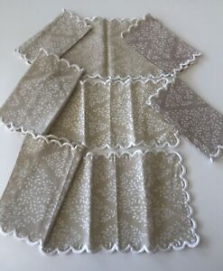 """Vintage Linen Printed 6+2 Cocktail Napkins Eight Total 8"""" By 5"""" SCALLOPED"""