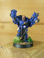 GAMESDAY 2005 CLASSIC METAL SPACE MARINE CAPTAIN WITH POWERFIST PAINTED (1369)