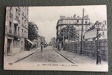 CPA. IVRY sur SEINE. 94 - Rue J. J. Rousseau.