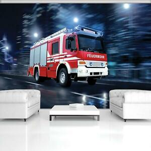 Fototapete Tapete Wandbild F03268 Rasendes Feuerwehrwagen Feuerwehrleute Rot Feu