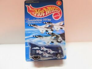 Hot Wheels V W Drag Bus Thunderbird - United States Air Force - Special Edition