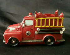 GREEN EARTH - 'NO. 6' OLD FASHION STYLE RED FIRE ENGINE TRUCK RESIN BANK