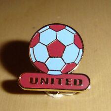 UNITED FOOTBALL PIN BADGE - WEST HAM UNITED / SCUNTHORPE UNITED
