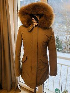 woolrich luxury arctic parka in M