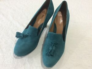 Clarks Softwear teal suede court shoes size 5/38 tassels