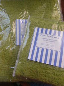 Pine Cone Hill Scramble Key Lime Twin Coverlet and Pillow Sham Set NEW