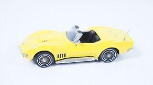 1:43--MATCHBOX--Chevrolet Corvette  / 18 B