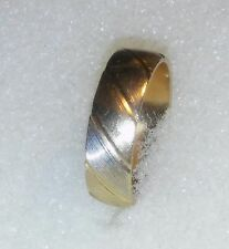 VINTAGE 14K MULTI COLOR GOLD  RING / WEDDING BAND SIZE 9  ((729))