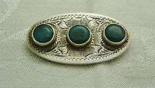 VINTAGE STERLING SILVER AND 3 ROUND GREEN STONES BROOCH/PIN N432-O