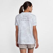 Nike Dri-FIT Women's Running Division Running TEE-Shirt