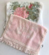 Vintage Fieldcrest 2 Hand Towels Pink Rose Pink Fleur de Lis Guest Tea Towel USA