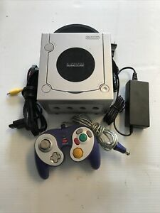 Nintendo GameCube Limited Edition Platinum Silver Console W/ Cords Tested Works