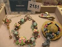 1 Lot Of  Brooches-  Danielle's Door- Vintage  Age ? - - Mint