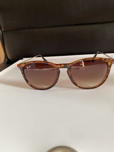 Ray-Ban Unisex Erika Sunglasses- Turtle Brown