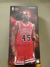 5b0d26aae786 Enterbay Michael Jordan Chicago Bulls   45 Red 1 6 Figure Limited Edition