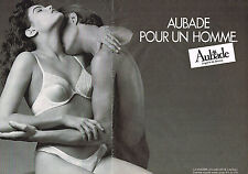 PUBLICITE ADVERTISING 044  1987  AUBADE pour un homme sous vetements 2 ( 2p)