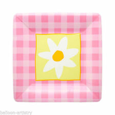 Gingham Paper Party Plates