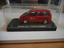 Solido Renault Espace Medecin Pompier in Red on 1:43 in Box