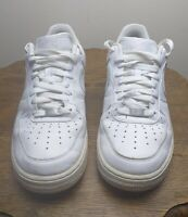 Nike Air Force 1 Low White Mens Trainers UK 9 Leather Sneakers VGC