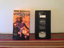 Desert Heat (VHS, 1999, Closed Captioned) tape & sleeve