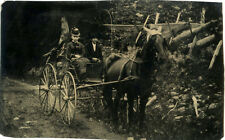 1/6 PLATE OUTDOOR ANTIQUE TINTYPE PHOTO MAN & WOMAN SITTING IN HORSE CARRIAGE