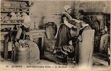 CPA  Quimper - Musée departement Breton - La Baratteuse   (384463)