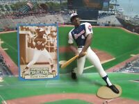 1996  HANK AARON - Starting Lineup COOPERSTOWN COLLECTION Figure & Card