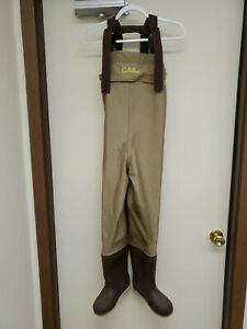 Cabela's Dry Plus Fishing/Hunting Mid Chest Water Waders Size 4 SET NO: 83-0089