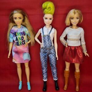 Barbie Fashionista Petit Doll Bundle Mattel