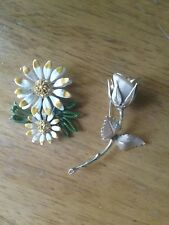 Lot Of Two Vintage Flower Brooches