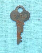 Advance Vending gumball or peanut machine original D-30 Key Free USA shipping