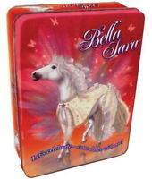 Bella Sara Cartes à Collectionner Boite Métal  7 Boosters  2 Cartes 1 figurine