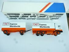1:50 Lion CAR DAF 95 ATI TNT EXPRESS TRUCK & TRAILER AS NEW IN OVP RARE!!!!
