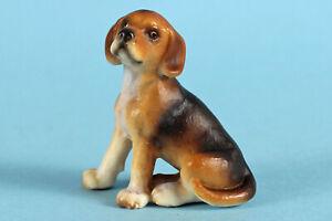 Schleich  Beagle 16332  Retired 2007