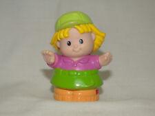 Fisher Price Little People Mädchen grüne Mütze