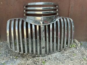 1941 Chevrolet Truck Grill (Complete Upper & Lower)